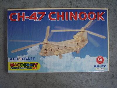 Houten bouwpakket chinook helicopter.