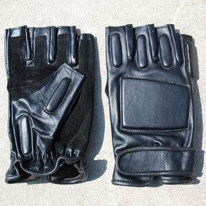 Leren politie handschoen halfvinger.