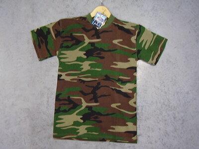 T-shirt leger camouflage woodland.